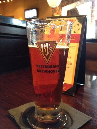Bj S Jeremiah Red Picture Of Bj S Restaurant Brewhouse Orlando