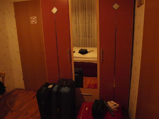 Hotel Arpi: Habitación