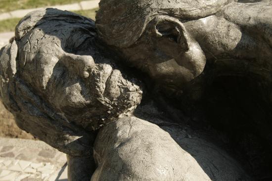 Vía Christi: Esculturas..