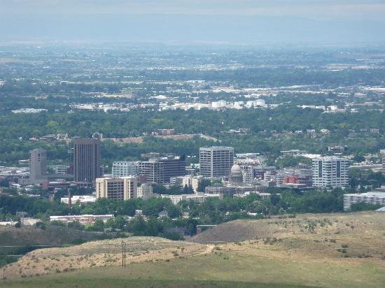 Ridge to River Trail System: view of Boise from Shanes loop