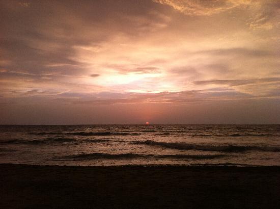Orangea Village : tramonto
