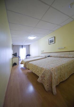 Hotel City M28: habitacion2
