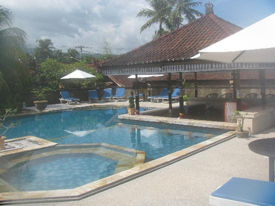 Aditya Beach Resort: Pool
