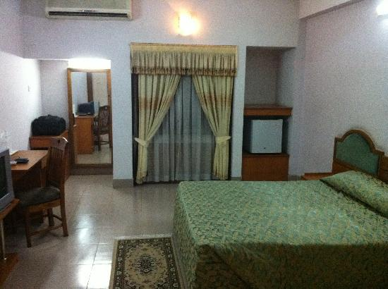 Bogra, Bangladesh: Room view, It is a basic room but big