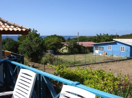 West Hill Bungalows: View from the swimming pool