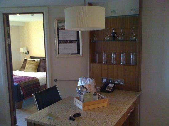 Staybridge Suites Newcastle: View from kitchen to bedroom