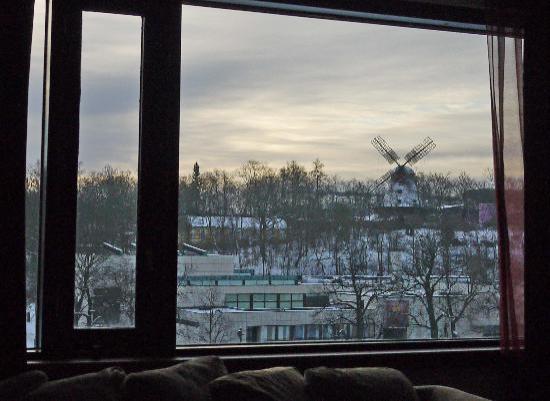 Radisson Blu Marina Palace Hotel, Turku: Aura River and windmill from room window