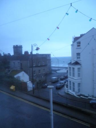 Ascot Hotel: Sea View from Sitting Room