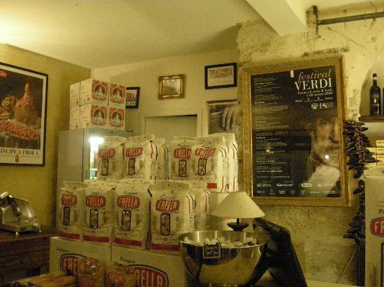 Ragazzi du Peppone : La tienda