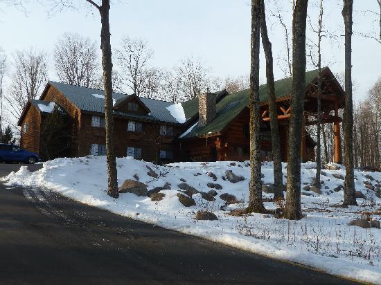 Konkapot Lodge