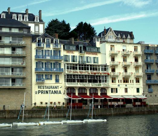 The exterior of the hotel printania picture of hotel for Hotels dinard
