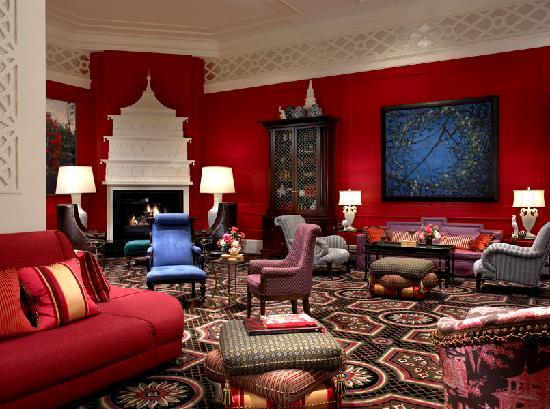 Kimpton Hotel Monaco Portland: Warm fireplace makes you feel at home