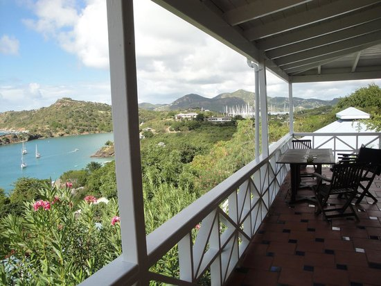 Blue Moon Antigua: The veranda