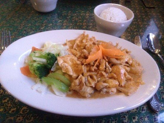 Thai Orchid: Chicken Masaman
