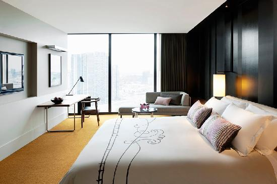 Crown Metropol Melbourne: Luxe King Room