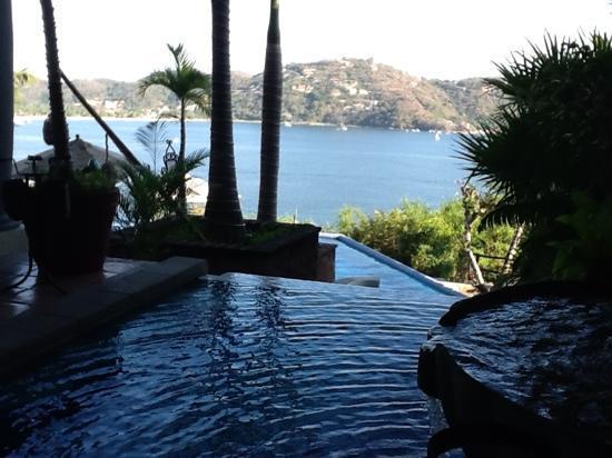 WorldMark Zihuatanejo: view of Zihua Bay from Villa Vera Puerto Mio