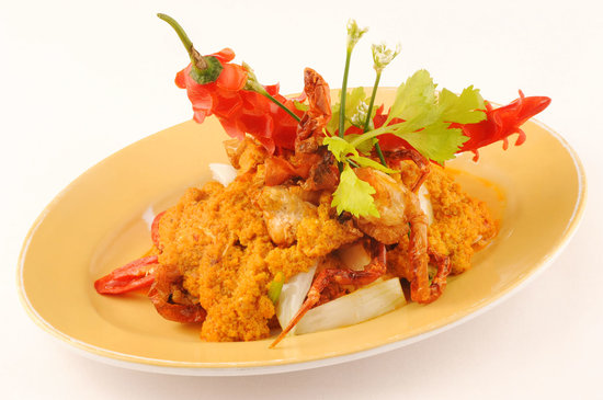 Red Pepper Restaurant : Poo Nim Phad Phong Garee - Fried soft shell crab with yellow curry