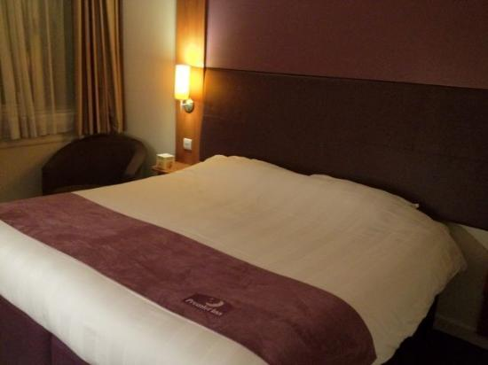 Premier Inn Newcastle City Centre (New Bridge Street) Hotel: Room