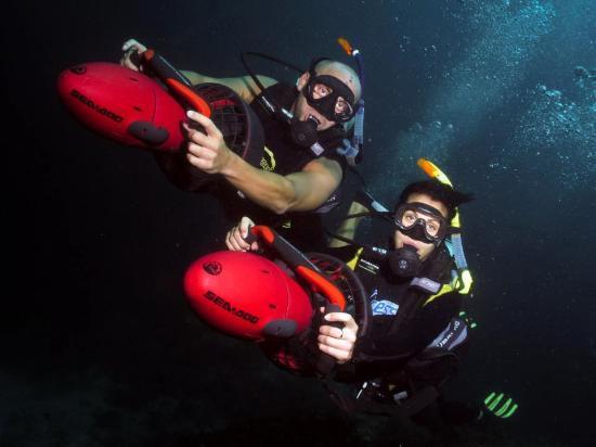 Flip Flop Divers: Scooters!