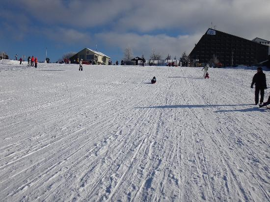 IFA Schoneck Hotel & Ferienpark: the slopes are in front of the Hotel