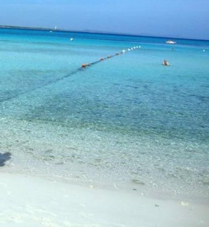 Blau Costa Verde Beach Resort: sand, rocks, sand