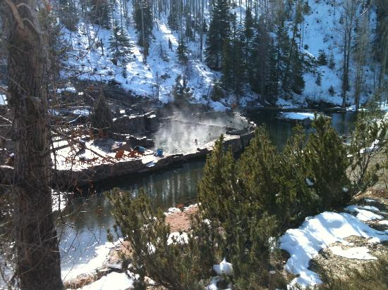 Strawberry Park Natural Hot Springs: Beautiful winter day in February 2012