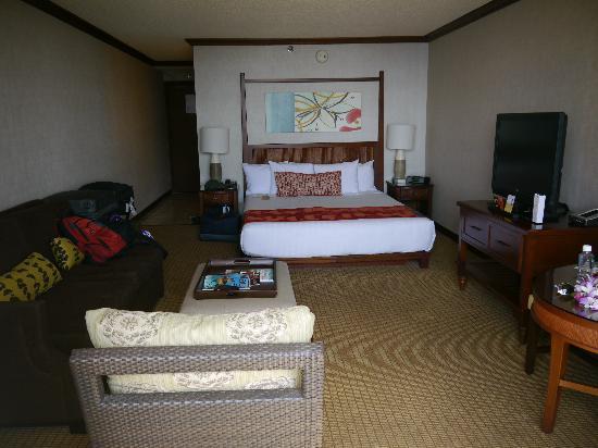 Hyatt Regency Maui Resort and Spa: Inside of our king oceanfront room