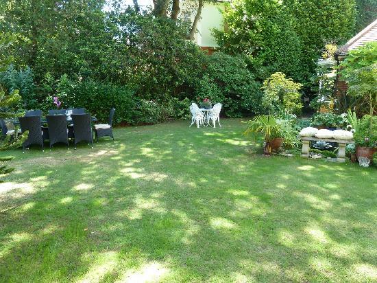 Ordinaire The Park 24: The Sunny Gardens