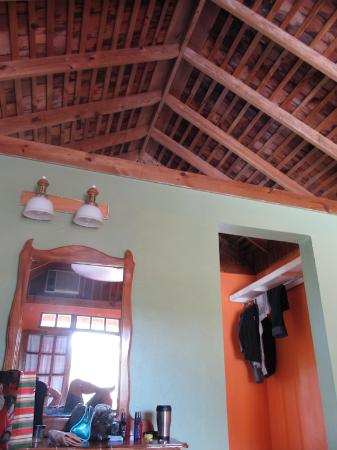 Negril Relax: Loved the wooden high ceilings