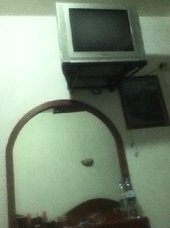 Hotel Washington: Tele y Espejo