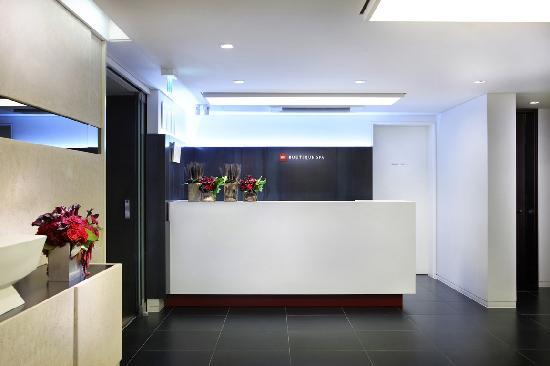 SK-II Boutique Spa: Main Reception (2F)