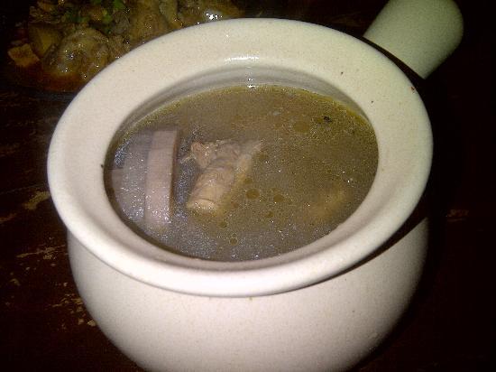 Life Cafe : Pork rib soup with lotus
