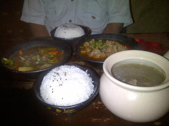 Life Cafe: our order with steam rice