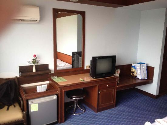 Grand Thara Hotel: Chambre 5eme étage
