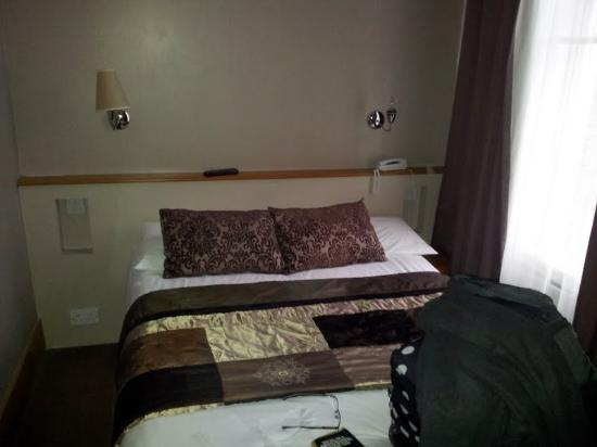 Leeson Inn Downtown: Bedroom