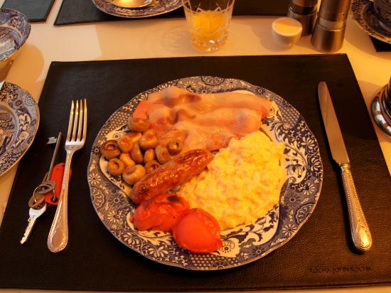 Number 27 Morningside : Superb breakfast - 2nd part