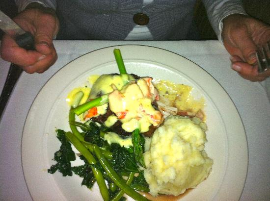 Snake Creek Grill: Beef Oscar topped with crab