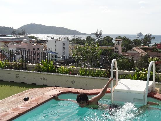 Bel Aire Resort Phuket: view from jacuzzi