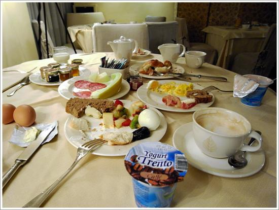Hotel Cavour: 朝食