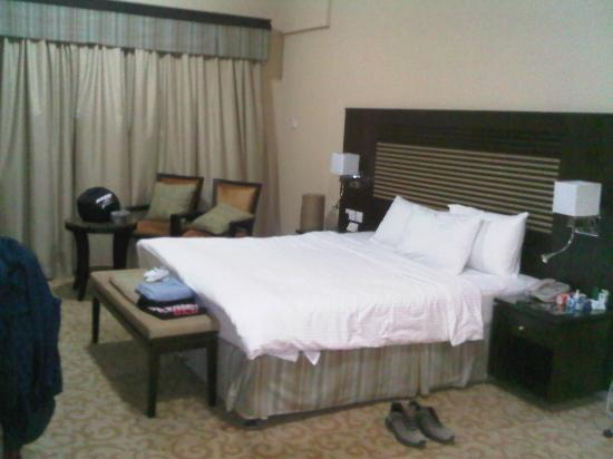 Chelsea Gardens Hotel Apartments: Bed room