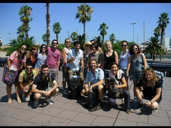 Travel Bound Barcelona Free Walking Tours: Free Walking Tour group picture from Paseo de Colom
