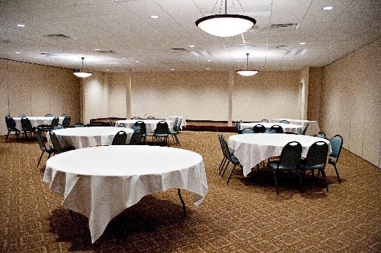 Quality Inn & Suites Jamestown: Book your next Meeting, Banquet, & Reception