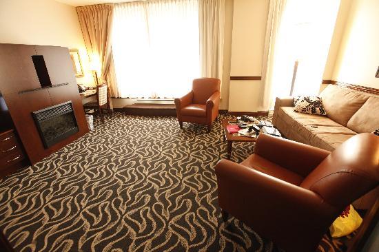 Le salon d'une suite Luxe