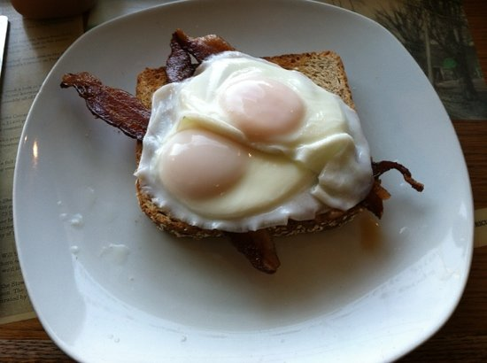 Cafe on Main: Ted's Poached eggs on wheat