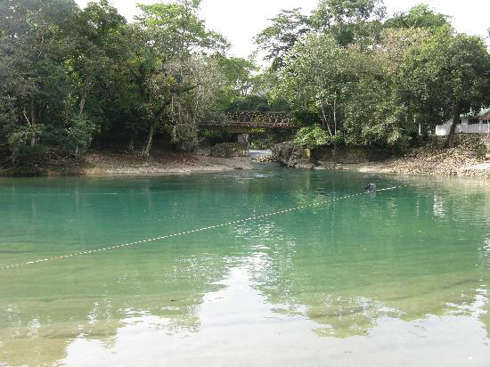 Hotel Nututun Palenque: fiume hotel