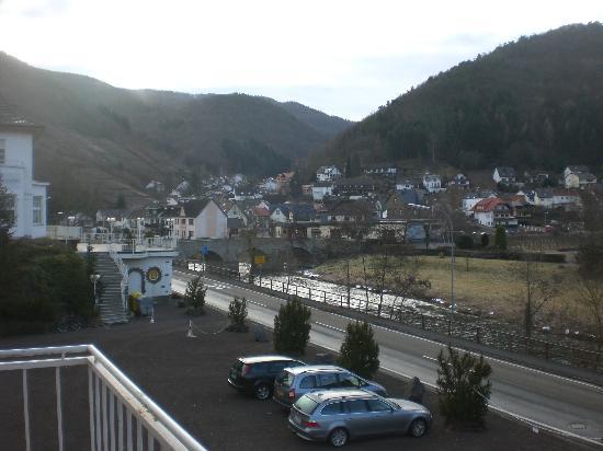 Haus Appel: Uitzicht vanaf balkon van het naastgelegen gastenverblijf
