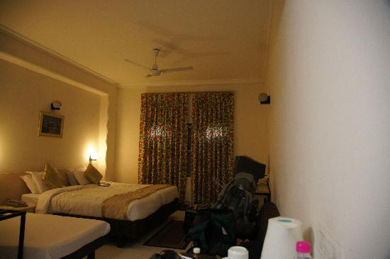 Grand Hotel Agra: Good Size..clean enough..but won't come back..