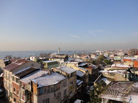Erguvan Hotel: roof/teras