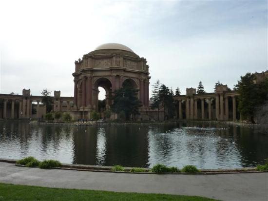 Streets of San Francisco Bike Tours: Palace of Fine Arts