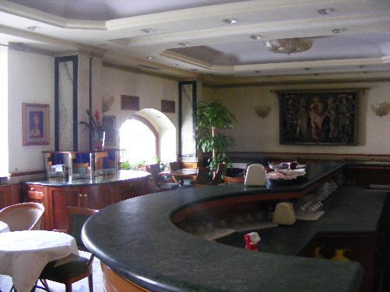 Hotel Giolli Nazionale: vista desde barra